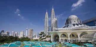 đi du lịch Malaysia cần chuẩn bị gì